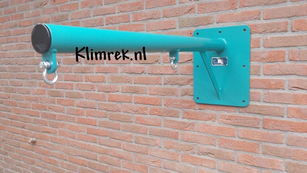 RAL5021-WallySwing®-schommel-muurschommel-schommelbuis-schommelpaal-wandschommel-gevelschommel-klimrek.nl